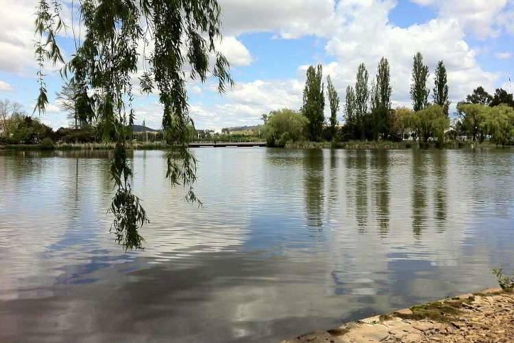 Озеро Берли-Гриффин в Канберре